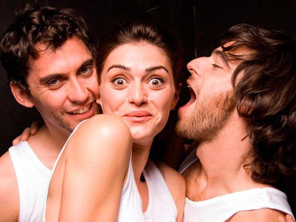 SEXUALIDAD : ¿Estás lista para un trío sexual?