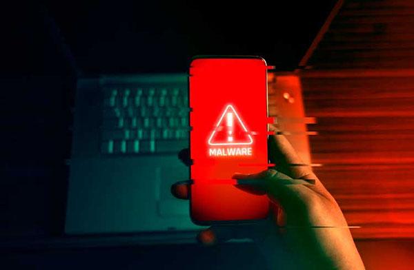 Si tienes alguna de estas 16 aplicaciones en tu teléfono bórralas inmediatamente, tienen un malware que espía y roba tus datos